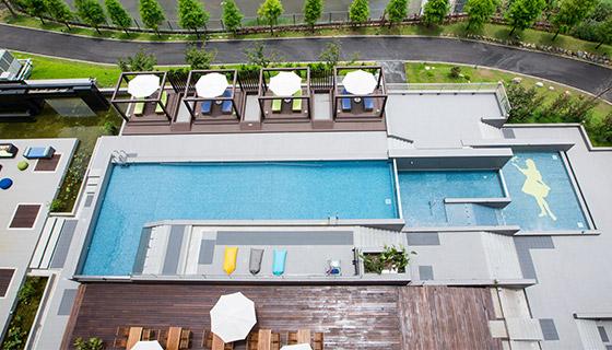 560-320-泳池