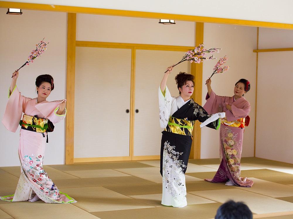 日本舞-林汶玲1